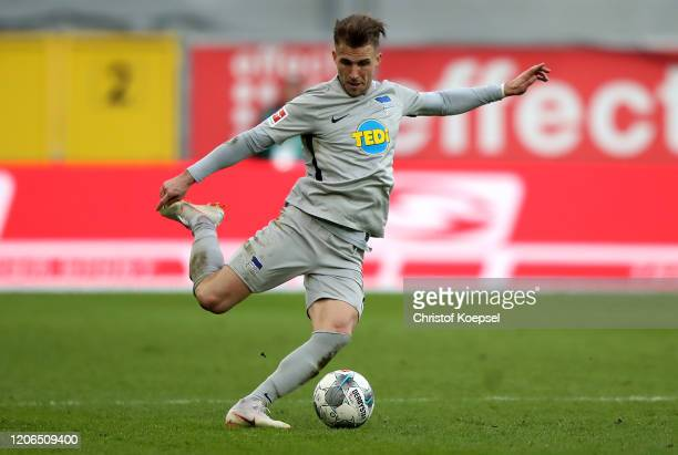 Per Ciljan Skjelbred of Berlin runs with the ball during the Bundesliga match between SC Paderborn 07 and Hertha BSC at Benteler Arena on February 15...
