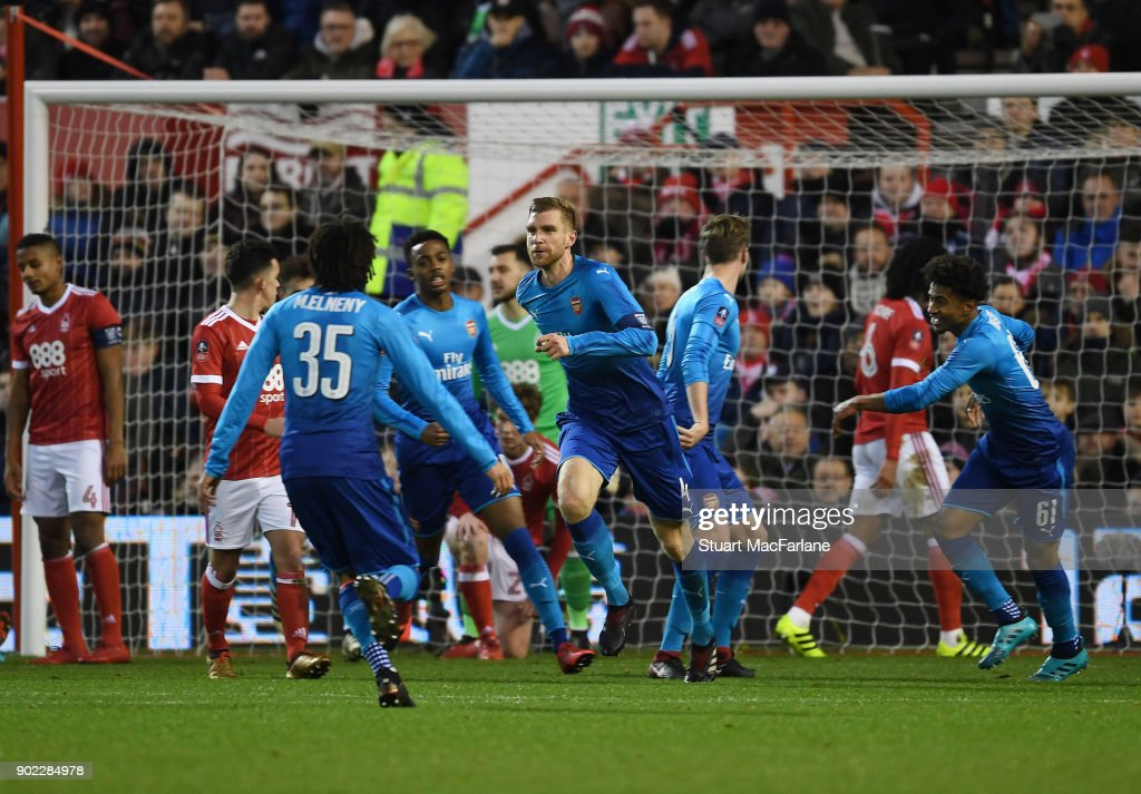 Nottingham Forest v Arsenal - The Emirates FA Cup Third Round : ニュース写真
