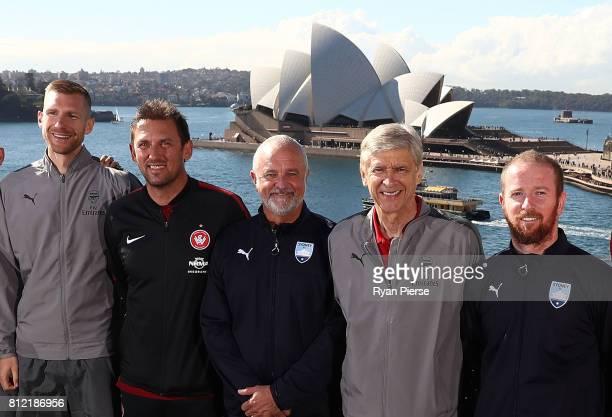 Per Mertesacker of Arsenal Wanderers coach Tony Popovic Sydney FC Coach Graham Arnold Arsenal Manager Arsene Wenger and David Carney of Sydney FC...