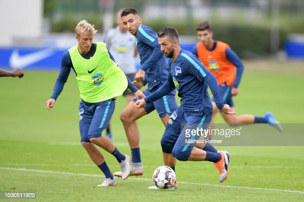 Per Skjelbred Marko Grujic and Vedad Ibisevic of Hertha BSC during the training at the Schenkendorfplatz on september 10 2018 in Berlin Germany
