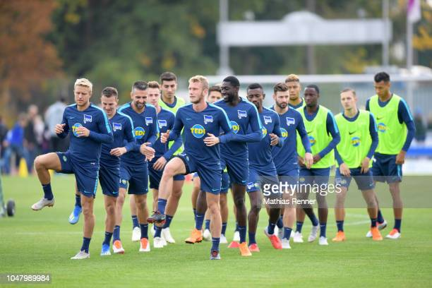 Per Skjelbred Vladimir Darida Vedad Ibisevic Fabian Lustenberger Derrick Luckassen and Salomon Kalou of Hertha BSC during the KiezkickerTraining at...