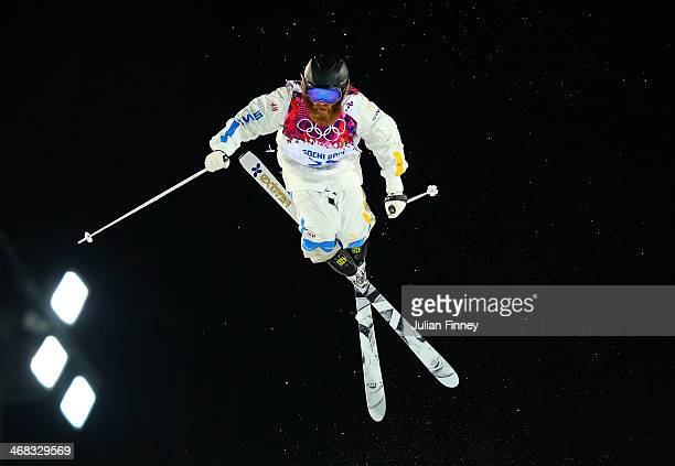Per Spett of Sweden competes in the Men's Moguls Qualification on day three of the Sochi 2014 Winter Olympics at Rosa Khutor Extreme Park on February...