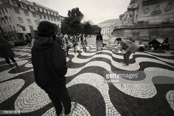 リスボンのパーカッション - ロッシオ広場 ストックフォトと画像
