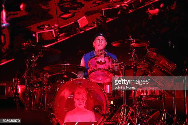 Percussionist Chad Smith of Red Hot Chili Peppers performs at DIRECTV's Super Saturday Night Featuring Red Hot Chili Peppers Cohosted By Mark Cuban's...