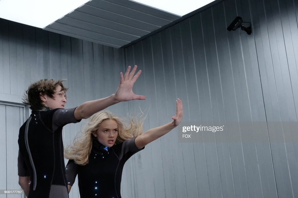 Percy Hynes White and Natalie Alyn Lind in the 'eXploited' episode of THE GIFTED airing Monday, Dec. 11 (9:00-10:00 PM ET/PT) on FOX.