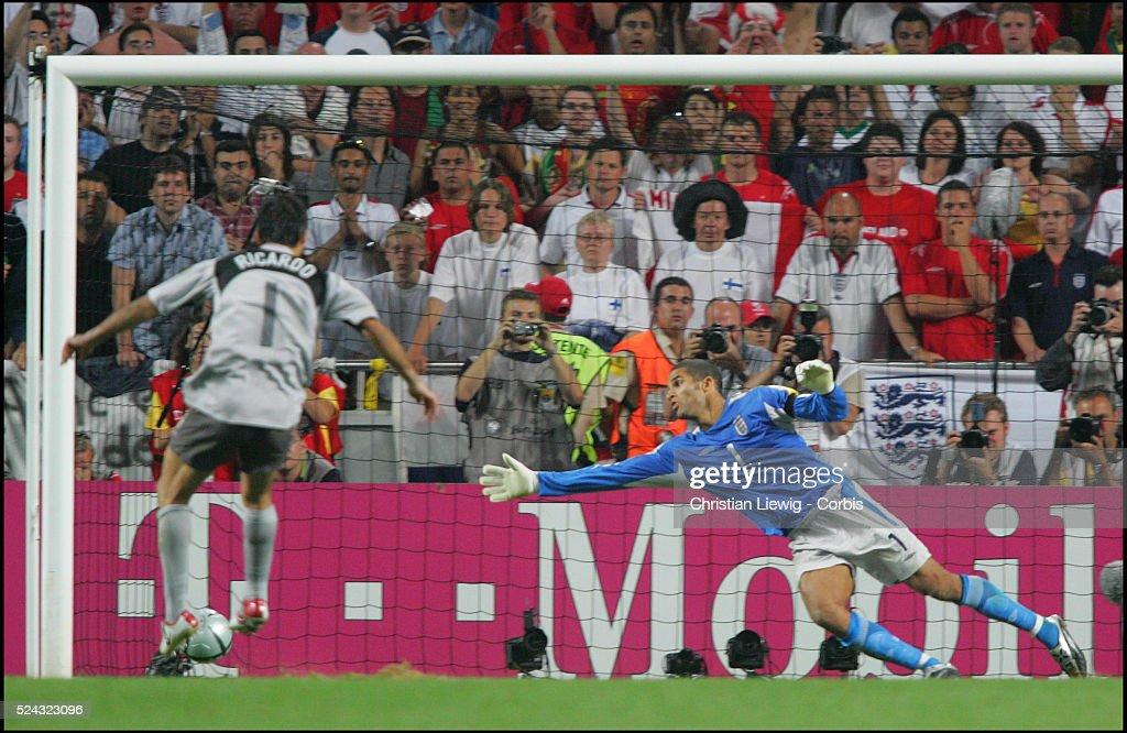 Soccer - UEFA Euro 2004 - Quarter Final - Portugal vs. England : News Photo