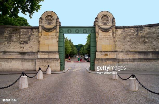 Pere-Lachaise cemetery entrance.