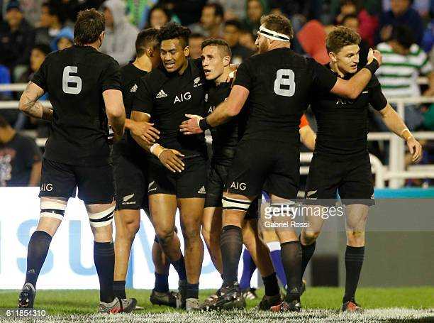 Perenara of New Zealand and teammates celebrate their team's try during match between New Zealand and Argentina as part of Rugby Championship 2016 at...