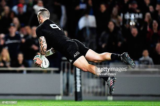 Perenara of the All Blacks dives over to score a try during the Bledisloe Cup Rugby Championship match between the New Zealand All Blacks and the...