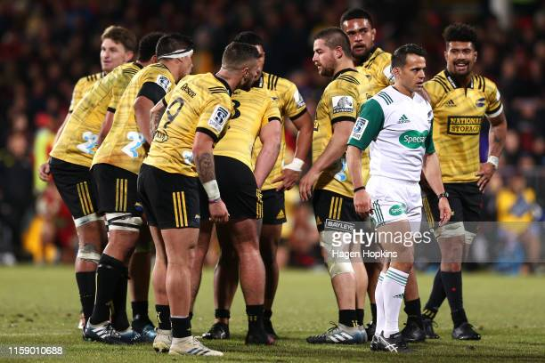 Perenara of the Hurricanes appeals to referee Nic Berry during the Super Rugby Semi Final between the Crusaders and the Hurricanes at Orangetheory...