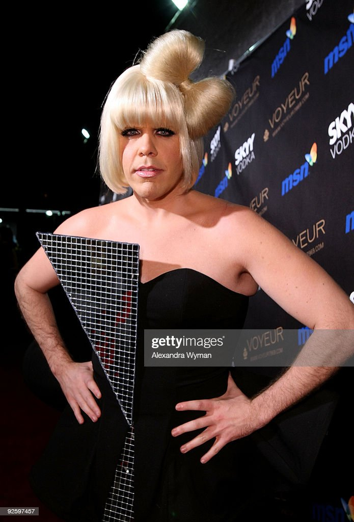 Perez Hilton arrives at Heidi Klum�s 10th Annual Halloween Party Presented by MSN and SKYY Vodka held at the Voyeur on October 31, 2009 in West Hollywood, California.