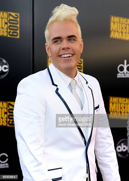 Perez Hilton arrives at the 2009 American Music Awards at Nokia Theatre LA Live on November 22 2009 in Los Angeles California