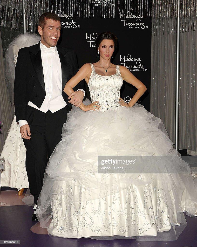 Kim Kardashian Wax Figure Unveiled In Wedding Dress At Madame ...