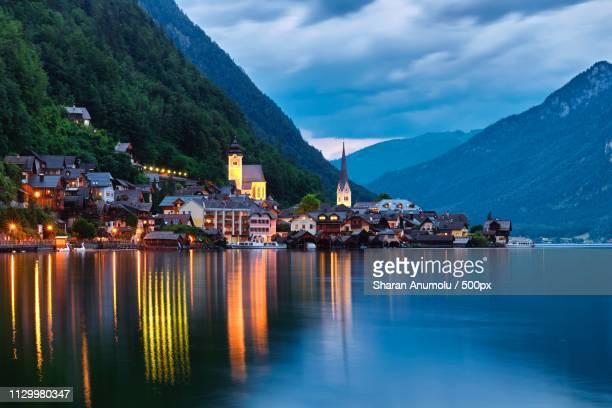 perfect austrian evening - austria fotografías e imágenes de stock