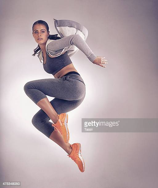 perfect form - jumping stock pictures, royalty-free photos & images