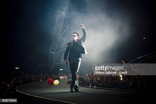 U2 perform in Rome