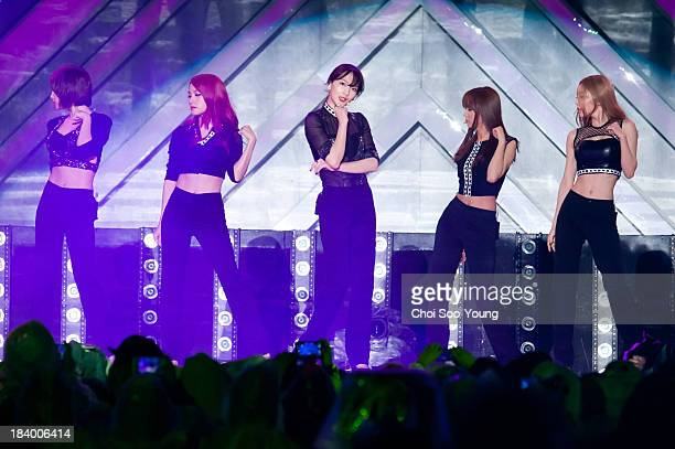 KARA perform onstage during the 2013 Hallyu Dream concert at Gyeongju Civic Stadium on October 6 2013 in Gyeongju South Korea