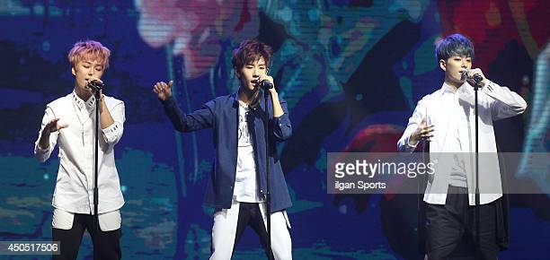 60 Top 2nd Mini Album Obsession Showcase Pictures Photos Images