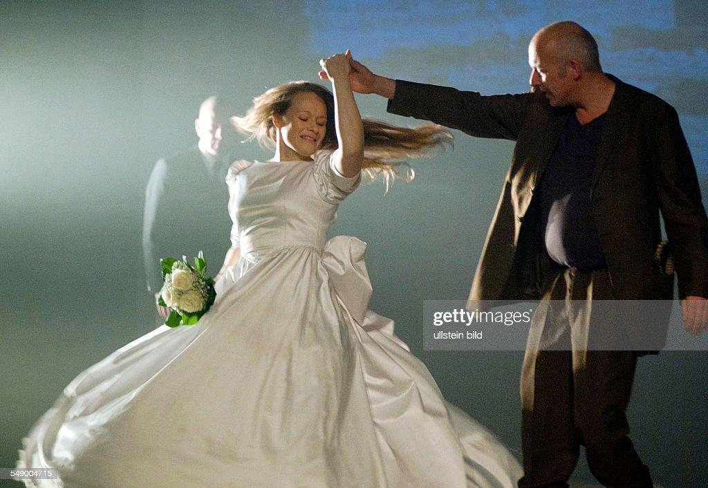 Geburtshaus berlin wedding dresses
