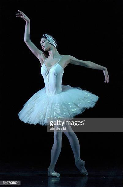 Performance of Pyotr Ilyich Tchaikovsky's ballet 'Swan Lake' in the Berlin State Opera scene with Polina Semionova choreography and production by...