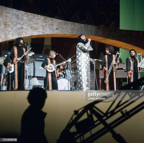 Performance of the Greek singer Demis Roussos circa 1976