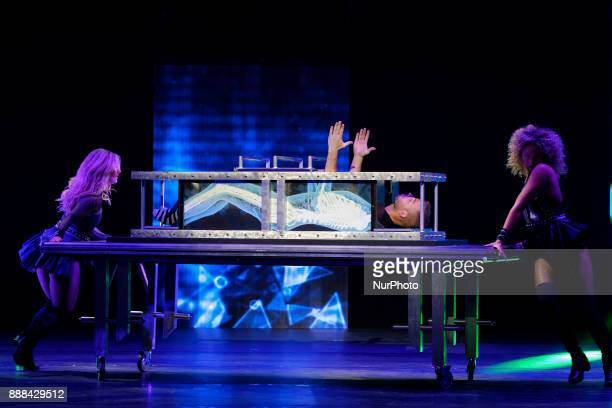 30 Top Magic Show Pictures, Photos and Images - Getty Images