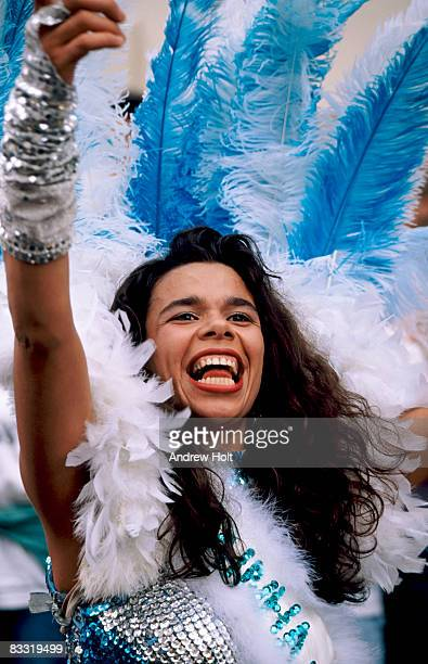 performer celebrating at notting hill carnival - chelsea mask stock pictures, royalty-free photos & images