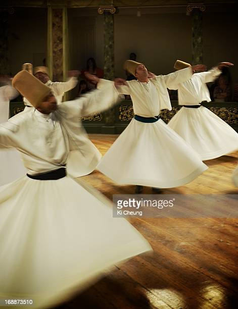 CONTENT] Performer of Sufi Whirling Ceremony