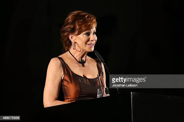 Performer Reba McEntire attends the Celebrity Fight Night gala at Palazzo Vecchio during 2015 Celebrity Fight Night Italy benefiting the Andrea...