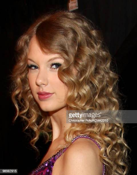 Performer Taylor Swift poses backstage during Brooks Dunn's The Last Rodeo Show at the MGM Grand Garden Arena on April 19 2010 in Las Vegas Nevada