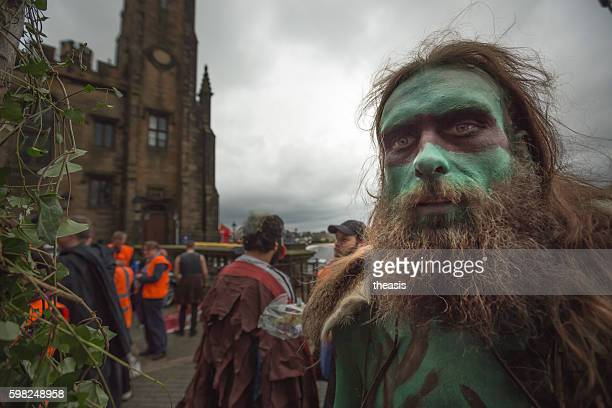 performers at the jazz and blues festival parade, edinburgh - theasis stockfoto's en -beelden