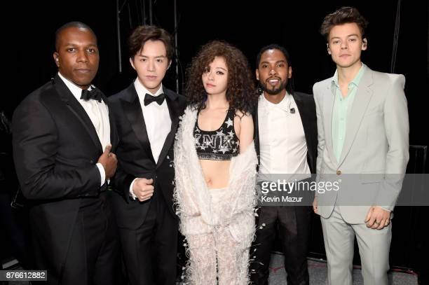 Performers Leslie Odom Jr Li Yundi Jane Zhang Miguel and Harry Styles pose backstage during 2017 Victoria's Secret Fashion Show In Shanghai at...