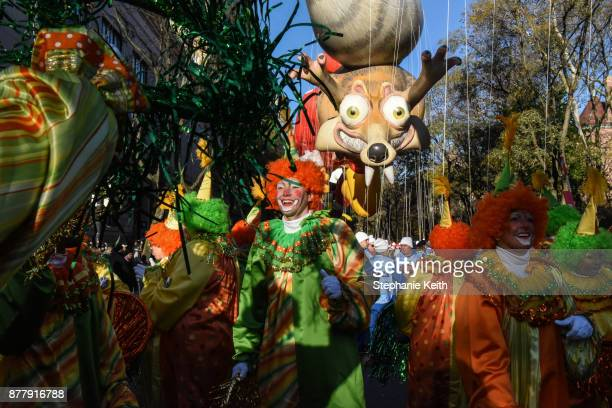 Performers prepare for the start of the annual Macy's Thanksgiving Day parade on November 23 2017 in New York City The Macy's Thanksgiving Day parade...