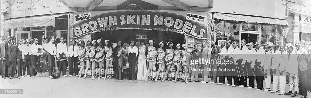 Brown Skin Models : News Photo