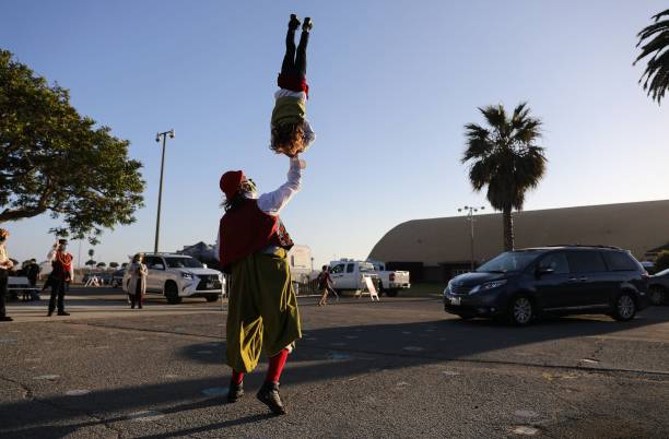 CA: Drive-In Circus Entertains Families In Southern California
