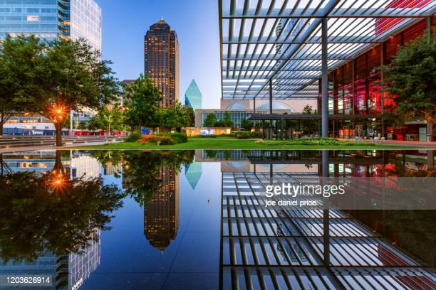 performing arts center, dallas, texas, america - performing arts center stock pictures, royalty-free photos & images
