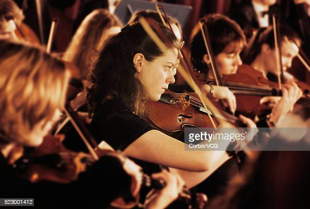 performing orchestra - オーケストラ ストックフォトと画像