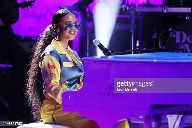R performs during VH1's Annual Dear Mama A Love Letter To Mom at The Theatre at Ace Hotel on May 02 2019 in Los Angeles California