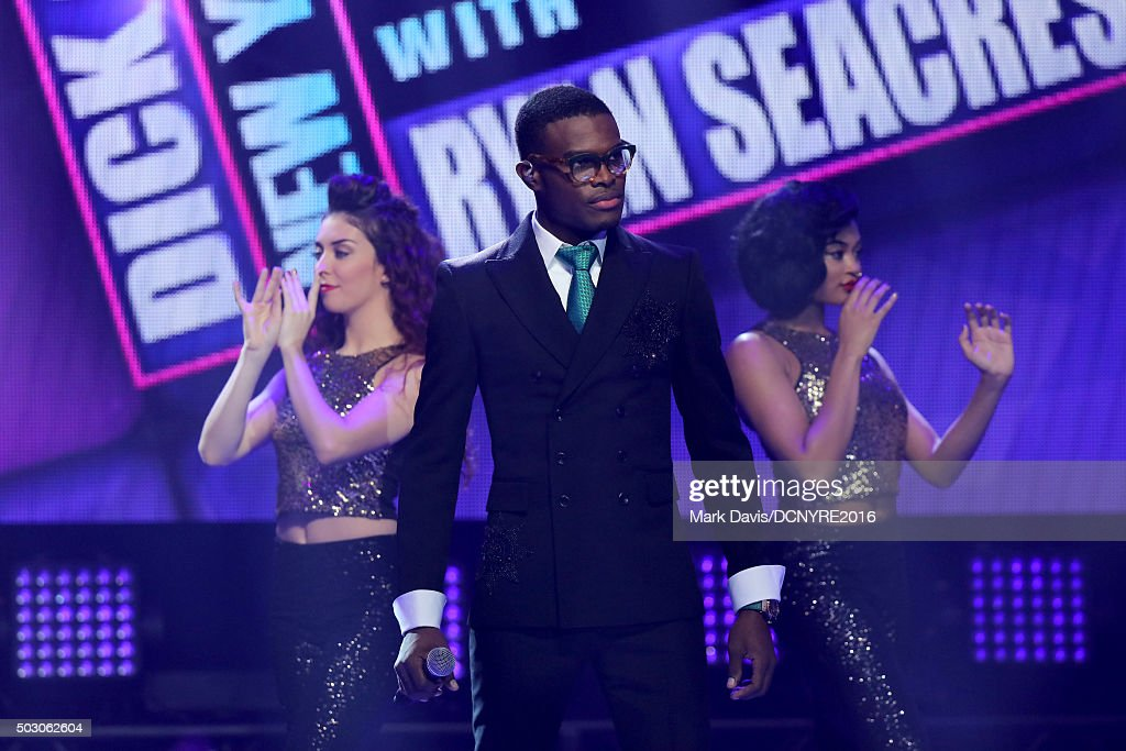 OMI performs onstage at Dick Clark's New Year's Rockin' Eve with Ryan Seacrest 2016 on December 31, 2015 in Los Angeles, CA.
