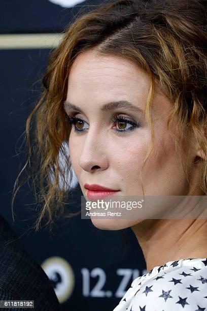Peri Baumeister attends the 'Unsere Zeit ist jetzt' premiere during the 12th Zurich Film Festival on October 1 2016 in Zurich Switzerland The Zurich...