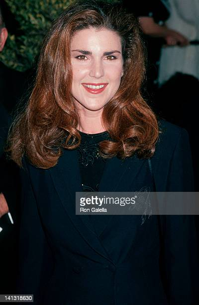 Peri Gilpin at the 20th Annual People's Choice Awards Sony Studios Culver City