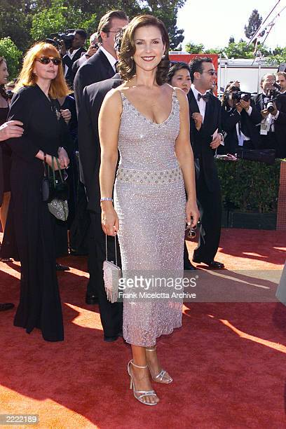 Peri Gilpin of 'Fraser' at the 1999 Emmy Awards held in Los Angeles CA 9/13/99 Photo by Frank Micelotta/Getty Images
