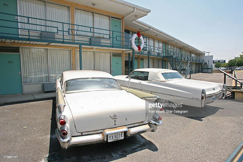 Period cars are parked in front of the Lorraine Motel in Mem ...