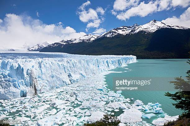 perito moreno glacier, argentina - glacier collapsing stock pictures, royalty-free photos & images