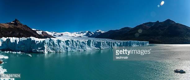 perito moreno glacier, patagonia, argentina - santa cruz province argentina stock pictures, royalty-free photos & images