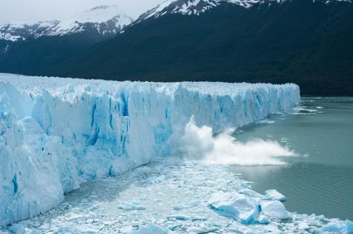 Perito Moreno Glacier 184152608