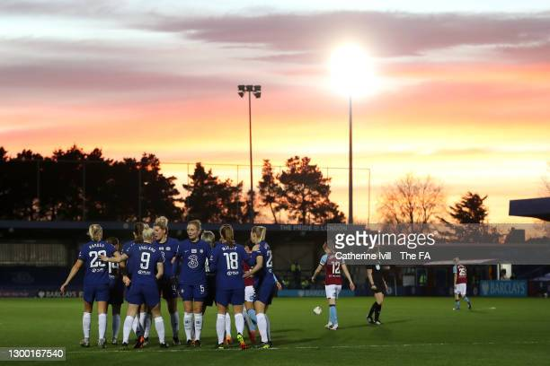 Pernille Harder of Chelsea celebrates with Bethany England, Millie Bright, Sophie Ingle, Maren Mjelde and Jonna Andersson after scoring her team's...