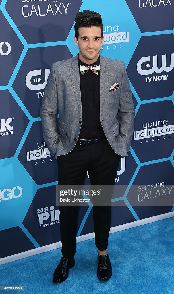 16th Annual Young Hollywood Awards - Arrivals : News Photo