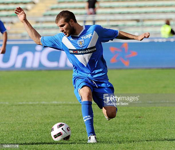 Perparim Hetema of Brescia in action during the Serie A match between Bari and Brescia at Stadio San Nicola on September 26 2010 in Bari Italy