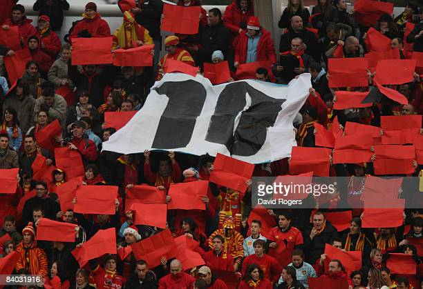 Perpignan fans welcome Dan Carter during the Heineken Cup match between Perpignan and Leicester Tigers at Stade Aime Giral on December 14 2008 in...
